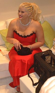 Anna Nicole Smith 145.jpg
