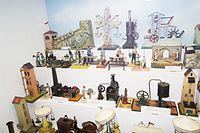 Antique steam toys and work scenes (26797454201).jpg