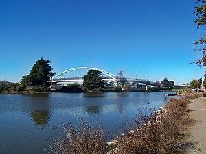 Aquatic Park (Berkeley) - Pedestrian Bridge at the north end of the park