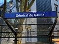 Arrêt bus Général Gaulle avenue Maréchal Joffre Fontenay Bois 2.jpg