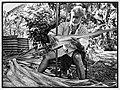 Assouplissement d'une feuille de pandanus, Vaisei, Futuna, 2017 (vue 2).jpg