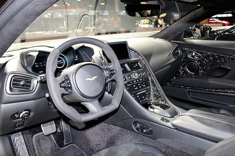 File:Aston Martin DBS Superleggera, Paris Motor Show 2018