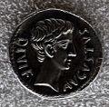Augusto, denario di m. sanquinius, 17 ac. recto.JPG