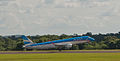 Austral Embraer 190, Puerto Iguazu, 6th. Jan. 2011 - Flickr - PhillipC.jpg