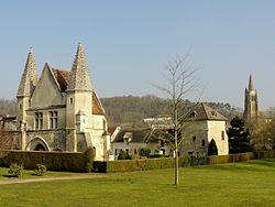 Béthisy-Saint-Pierre (60), château du roi Jean, parc municipal.jpg