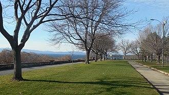 Battery Park (Burlington, Vermont) - Image: BTV Battery Park 20151118