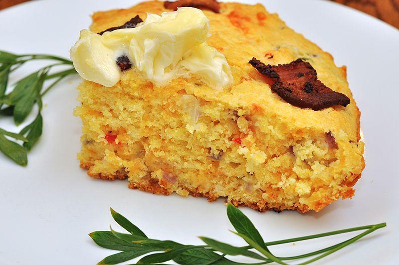 File:Bacon cheddar jalapeno corn bread (6086516713).jpg - Wikimedia ...