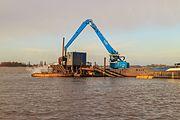 Baggerwerkzaamheden op de Langwarder Wielen vanaf motorbeunschip Christiana 05.jpg