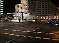 Bahnhof Potsdamer Platz bei Nacht.jpg