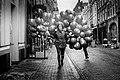 Balloon girl - Flickr - Joris Louwes.jpg