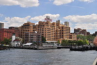 BargeMusic, Watchtower & Brooklyn Heights from New York Water Taxi 01 (9427202374).jpg