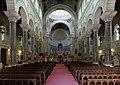 Basilique Saint-Martin - intérieur - nef (Tours).jpg