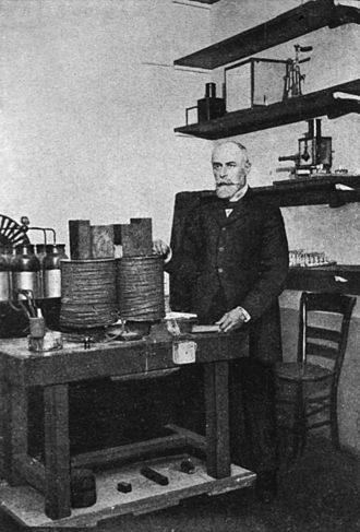 Henri Becquerel - Becquerel in the lab