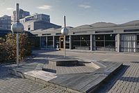 Binnenplaats met zitcirkel - Amsterdam - 20355878 - RCE.jpg