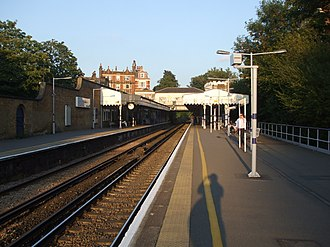 Blackheath railway station - Image: Blackheath station look east