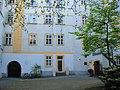 Blutgasse courtyard - panoramio.jpg