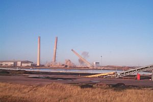 Blyth Power Station - The demolition of the station's chimneys
