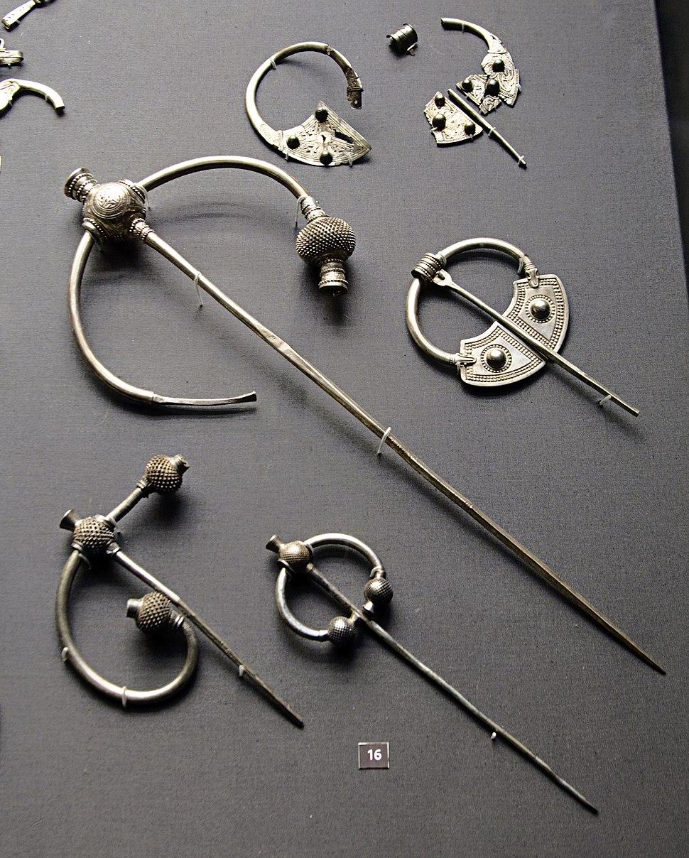 Britishmuseumpenrithhoardbrooches
