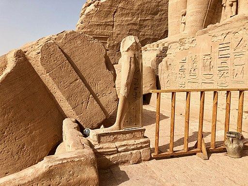 Broken Statue, The Great Temple of Ramses II, Abu Simbel, AG, EGY (48017132668)