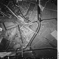 Bundesarchiv Bild 168-50-21, Luftaufnahme von Emden.jpg