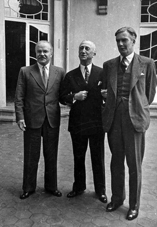 Bundesarchiv Bild 183-14059-0016, Potsdamer Konferenz, Molotow, Byrnes, Eden