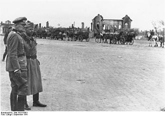Maximilian von Weichs - Weichs (left) at a parade in the Soviet city of Chernihiv, 1942
