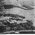 Bundesarchiv Bild 195-2344, Rheinbefliegung, Efringen-Kirchen - Eimeldingen.jpg