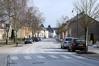 Bous, Luxembourg - Image: Bus, Rue de Luxembourg, Osten 101