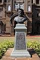 Bust of Rajarshi Shahu Maharaj 04.jpg