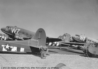 316th Operations Group - Image: C 47s 316tcg 37tcs d day