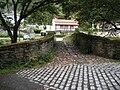 Camiño inglés ao seu paso pola ponte do Lambre.JPG