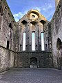 Cashel Cathedral, Rock of Cashel, Caiseal, Éire (46539738402).jpg