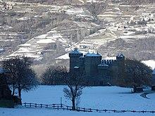 Vista invernale del castello
