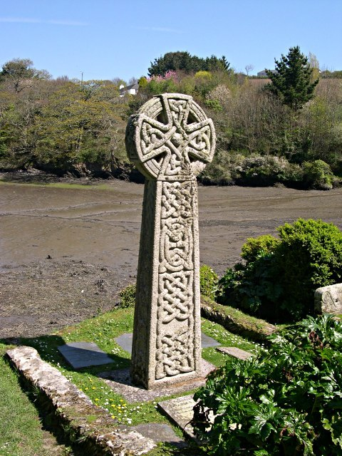 Celtic Cross in St Just in Roseland Churchyard - geograph.org.uk - 308170