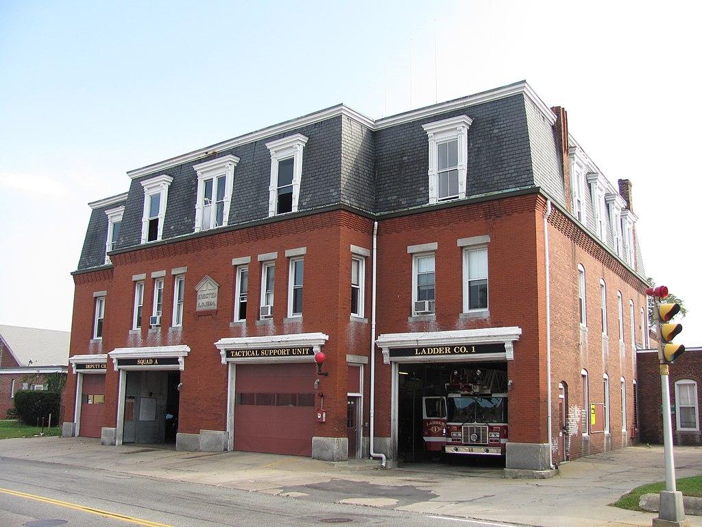 File Central Fire Station Brockton Ma Jpg Wikipedia
