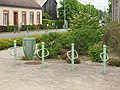 Châtenoy-FR-45-parking 2 roues-01.jpg