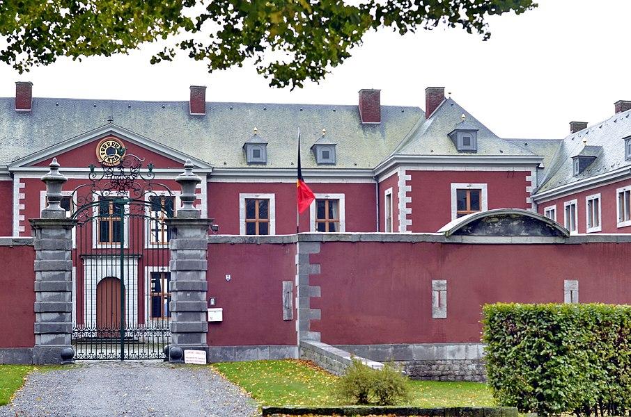 Château d'Aigremont (M) et ensemble formé par le château et les terrains qui l'entourent (S)