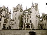 Cour intérieure du château de Pierrefonds
