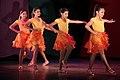 Children performing artistic dance - Danza artística ejecutada por niños.JPG