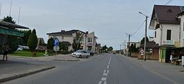 Choczewo 02, route 213, outside Melan supermarket, facing north.JPG