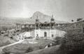 Chrámek pramene Bílinské kyselky Franz Josef Quelle 1880.png