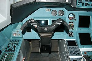 Cockpit of Tupolev Tu-334.jpg