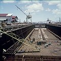Collectie Nationaal Museum van Wereldculturen TM-20029847 Overzicht op de scheepswerf van de Curacaose Dok Maatschappij Curacao Boy Lawson (Fotograaf).jpg