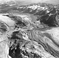 Cushing, Burroughs, Plateau, and Carroll glaciers, mountain glaciers terminus and glacial remnants, September 18, 1972 (GLACIERS 5981).jpg