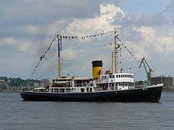 Dampfeisbrecher Wal auf der Kieler Woche 2007