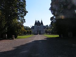 Dampierre Château.JPG