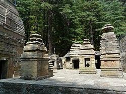 Dandeshwar temple complex (6133874878).jpg