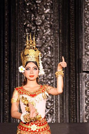 Robam Tep Apsara - Apsara dancer in a pose.