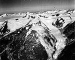 Dawes Glacier, valley glacier and hanging glaciers, August 26, 1960 (GLACIERS 5371).jpg
