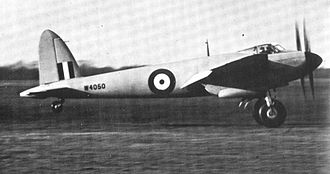 De Havilland Mosquito - Mosquito prototype W4050 landing after a test flight on 10 January 1941. Four test flights were flown that day.